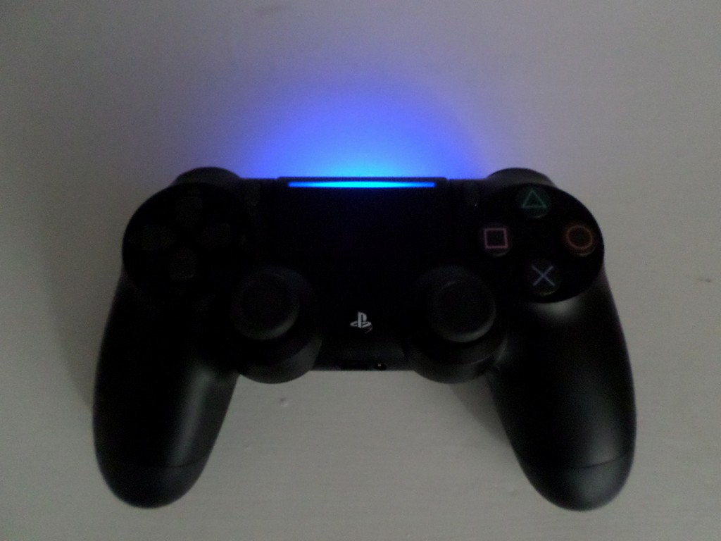 Dualshock 4 Cuh Zct2u Alle Fakten Zur Neuen Version within measurements 1600 X 1200