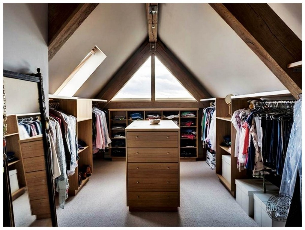 Einzigartig Dachboden Kleiderschrank Bilder Von Kleiderschrank Dekor throughout sizing 1200 X 906