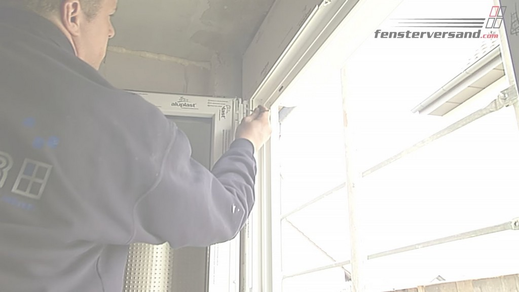 Fenster Einstellen Und Justieren Anleitungsvideo Fensterversand inside proportions 1920 X 1080