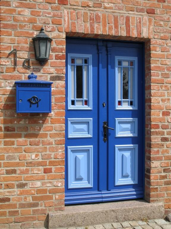 Fenster Haustren Garagentore Tore Markisen Von Saier Barth within size 1200 X 1600