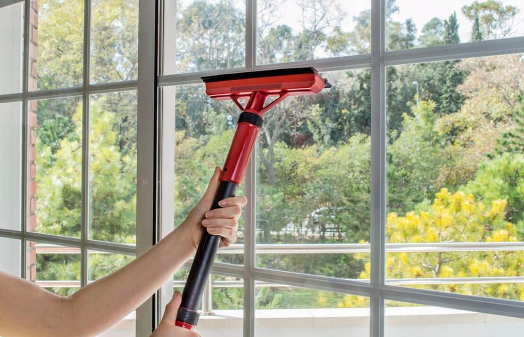 Fensterreiniger Was Ist Das Beste Fensterputzgert with size 1108 X 714