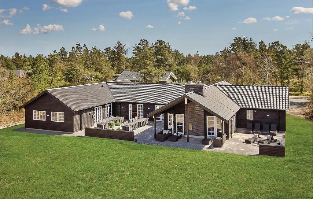 Ferienhaus 24 Personen Ved Volden Blavand 6857 Blavand in measurements 2048 X 1302
