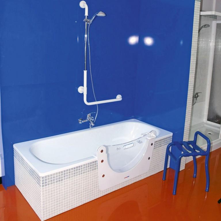 Gefahrloser Einstieg Senioren Badewanne Zutritt with sizing 1181 X 1181
