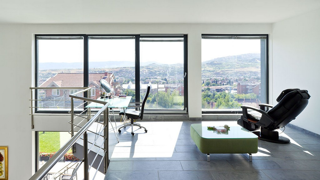 Geneo Fenster Komfort Kurt Weis Fensterbau Billigheim Ingenheim inside proportions 1200 X 675