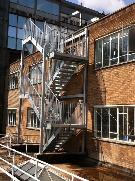 Glastreppe Erstaunlich Jomy Counterbalanced Sefsupport Egress in size 1936 X 2592