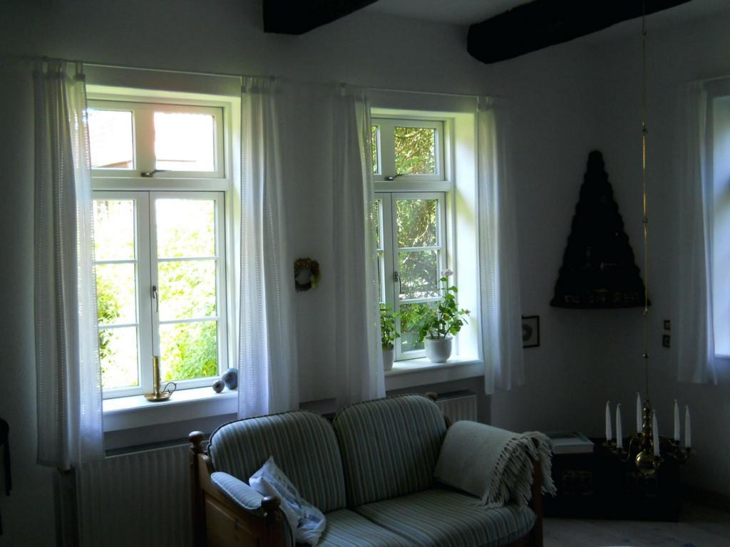 Skandinavische Fenster Sprossenfenster Rosenholm Fensterbeschlage intended for size 2048 X 1536
