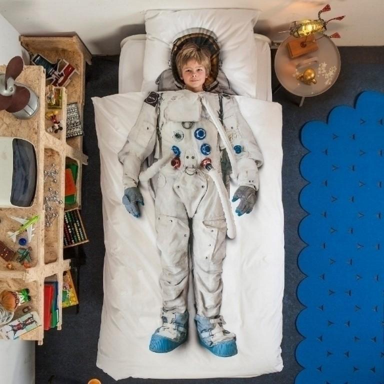 Snurk Bettwsche Astronaut within measurements 1100 X 1100