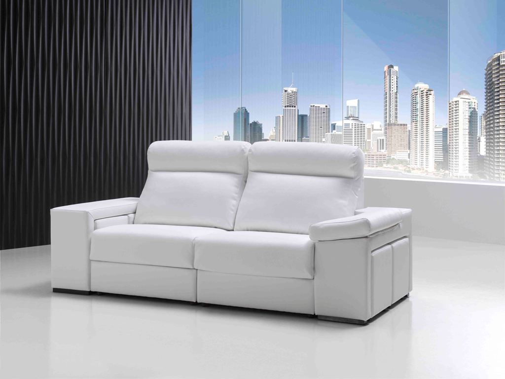 Sofa Con 4 Puff Reclinable Y Extraible En Tela Piel Y Polipie within size 1024 X 768