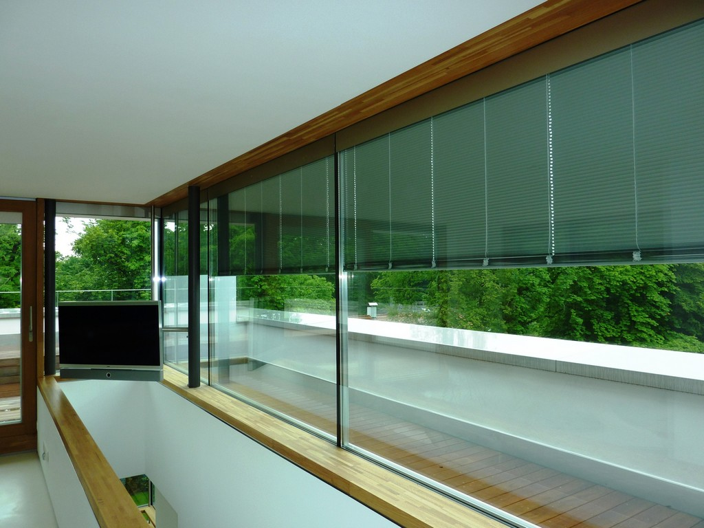 Sonnenschutz Fenster Kuzman Glas in sizing 1824 X 1368
