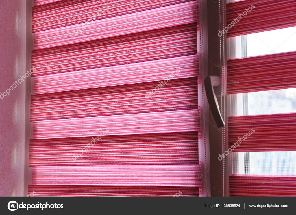 Stoff Rollos Am Fenster Stockfoto Yunava1 136939524 within measurements 1600 X 1165