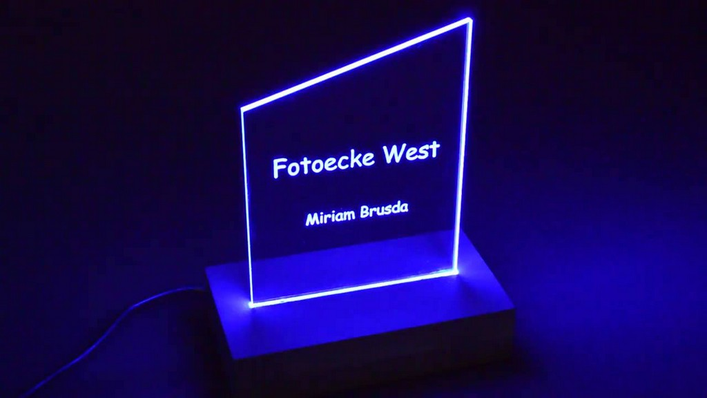 Tischaufsteller Werbeideen Graviert Mit Indirekter Led Beleuchtung in dimensions 1280 X 720