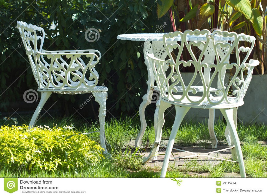 Weie Eisensthle Stockfoto Bild Von Wei Drauen Entspannung inside dimensions 1300 X 957