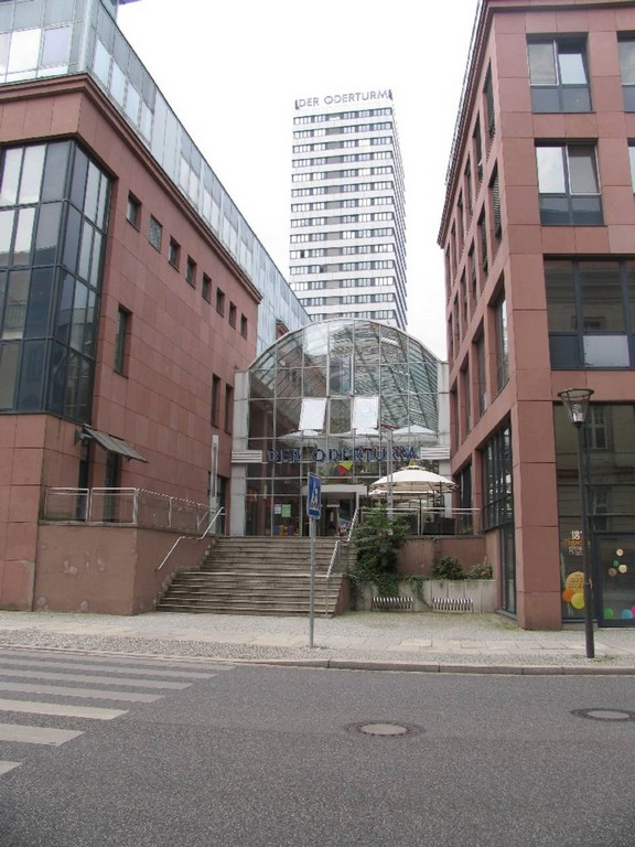 Weit Ber Den Dchern Frankfurts Mozde regarding measurements 940 X 1254