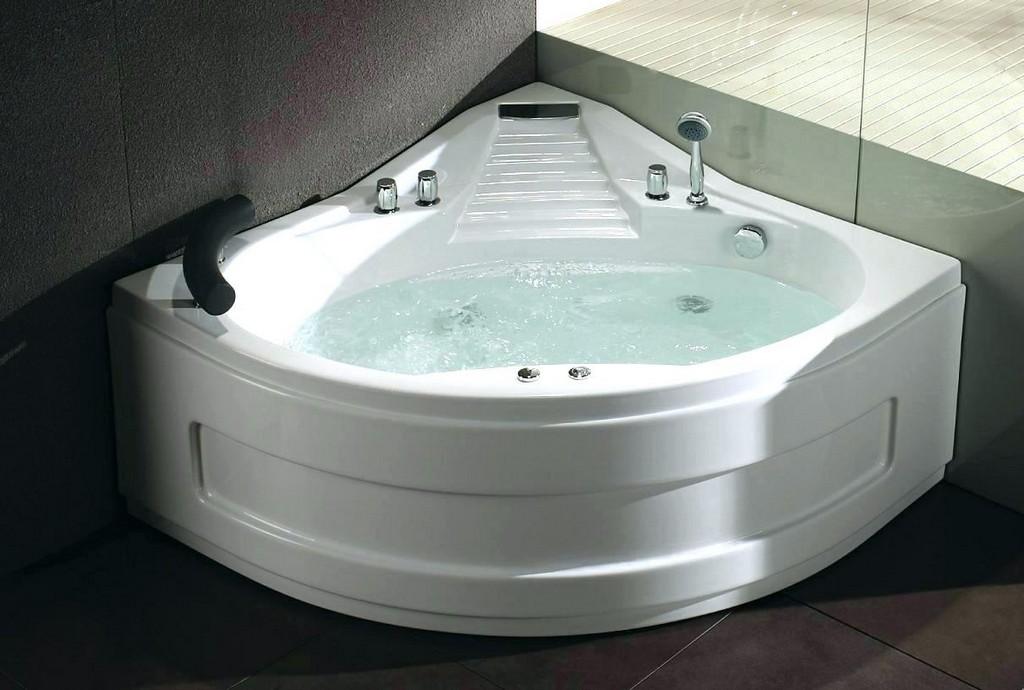 Whirlpool Badewanne Test Badewannen Beleuchtung Bilder Die Einlage throughout size 1212 X 817