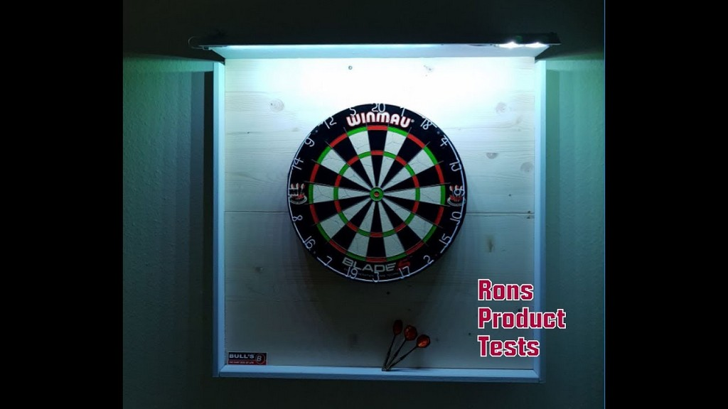 Winmau Dartboard Wand Montage Mit Led Beleuchtung Blade 5 Dart Steel inside measurements 1280 X 720