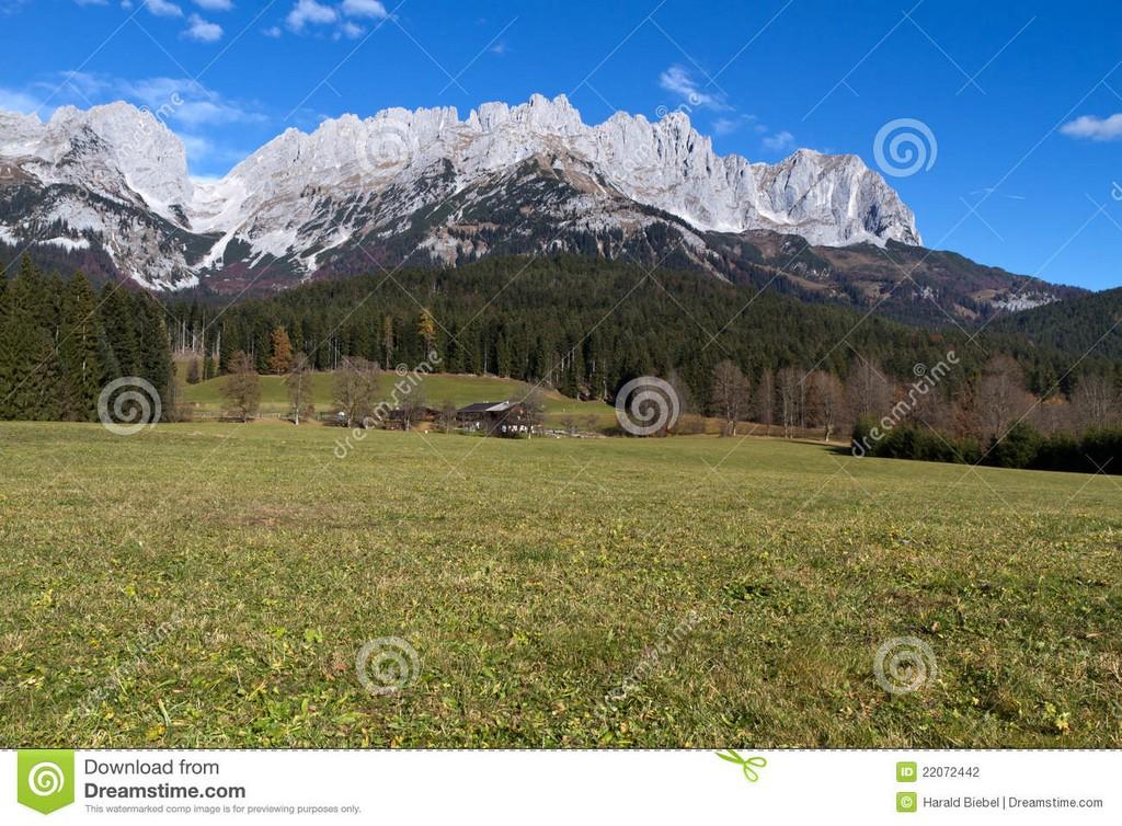 Zahmer Kaiser Berge Sterreich Stockfoto Bild Von Wohn Postkarte for proportions 1300 X 957