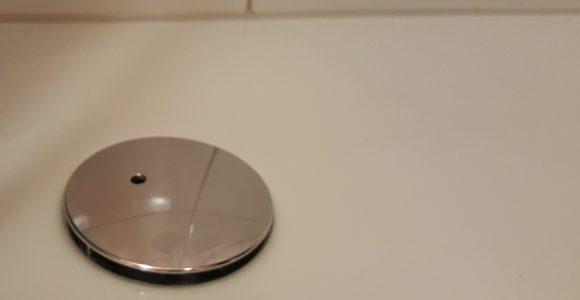 Abfluss In Der Dusche Stinkt Oder Ist Verstopft Abfluss Ffnen Und with size 1280 X 720