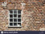 Alte Fenster Mit Glasbausteinen Stockfoto Bild 55409806 Alamy with regard to measurements 1300 X 956