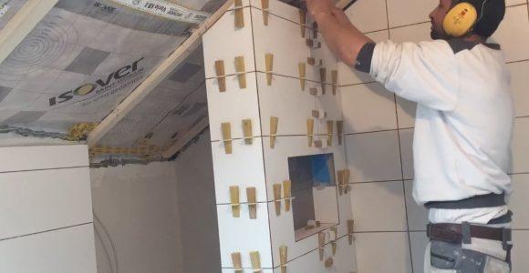 Fliesen Verlegen Wand Dusche Badezimmer Tipps Tricks Gehrung Ecken for dimensions 1280 X 800