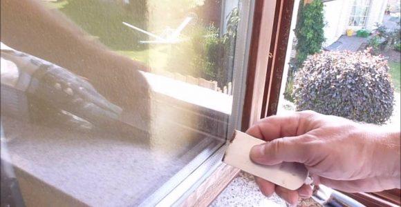 Heimwerker Reparatur Holz Fenster Abschleifen Und Streichen Selber intended for size 1280 X 720