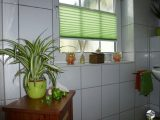 Lichtdurchlssige Plissees Als Sichtschutz Am Badezimmer Fenster inside size 1000 X 801