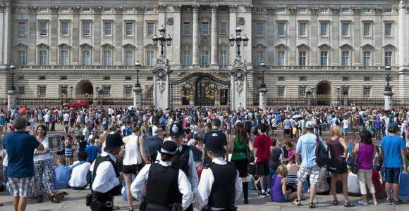 London Polizei Schnappt Einbrecher Im Buckingham Palast Welt with measurements 1024 X 1001