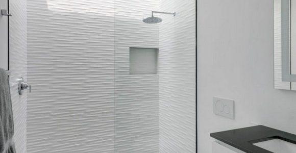 Minimalistisches Bad Wei Grau Glastrennwand Oberlicht Traumhuser in size 750 X 1058