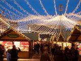 Nett Weihnachtsmarkt Beleuchtung K1024 De Essen Lichtkrone2012k with dimensions 1466 X 768