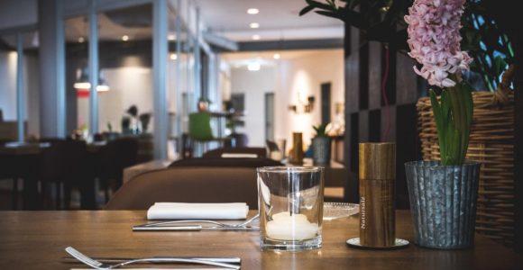 Restaurantesszimmerde Restaurant Esszimmer Mittelbiberach throughout sizing 1152 X 768
