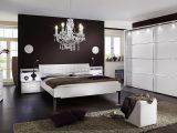 Schlafzimmer Komplett Einrichten Und Gestalten Bei Bettende in proportions 1600 X 873