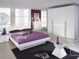 Schlafzimmer Wei Hochglanz Lackiert Und Bett Bildergalerie Ideen 25 intended for size 1266 X 905