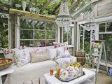 Shab Chic Einrichtung Fr Ein Gartenhaus Moms Getaway Houseshed for dimensions 750 X 1125