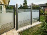 Teiltransparente Glaslsung Als Wind Und Sichtschutz Windschutz pertaining to dimensions 3840 X 2902
