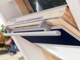 Velux Rollladen Die Perfekte Lsung Fr Dachfenster within dimensions 2000 X 1333