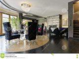 Wohnzimmer Mit Kniglich Hnlichen Lehnsesseln Stockbild Bild Von throughout size 1300 X 957